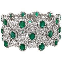 Zambian Oval Cut Emeralds 22.18 Carat Diamonds 20.16 18 Karat Bracelet