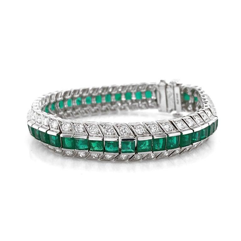 Round Cut Zambian Square Cut Emeralds 14.28 Carat Diamond Platinum Link Bracelet For Sale
