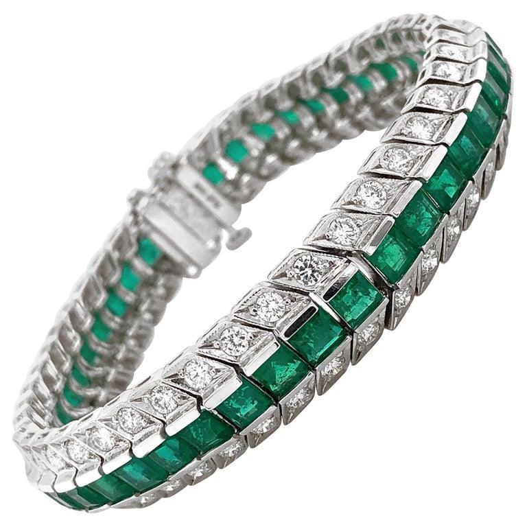 Zambian Square Cut Emeralds 14.28 Carat Diamond Platinum Link Bracelet For Sale