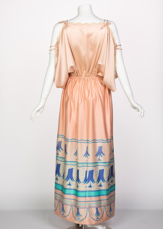 Women's Zandra Rhodes Field of Lilies Maxi Caftan Dress, 1970s For Sale