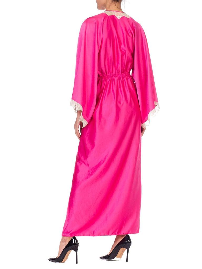 Women's Zandra Rhodes Pink Satin Kaftan Maxi Dress With Lace For Sale