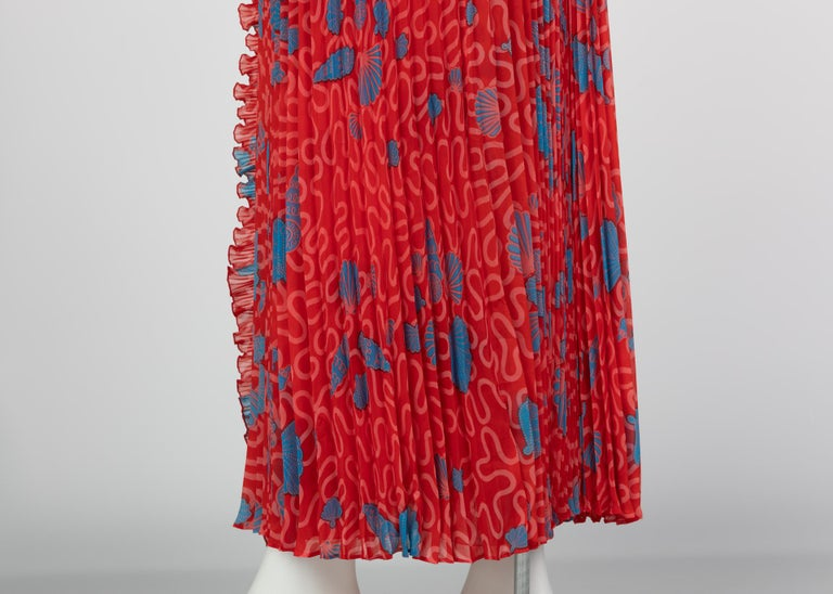 Zandra Rhodes Red Pleated Shell print Caftan and Sleeveless Dress Set, 1970s For Sale 7
