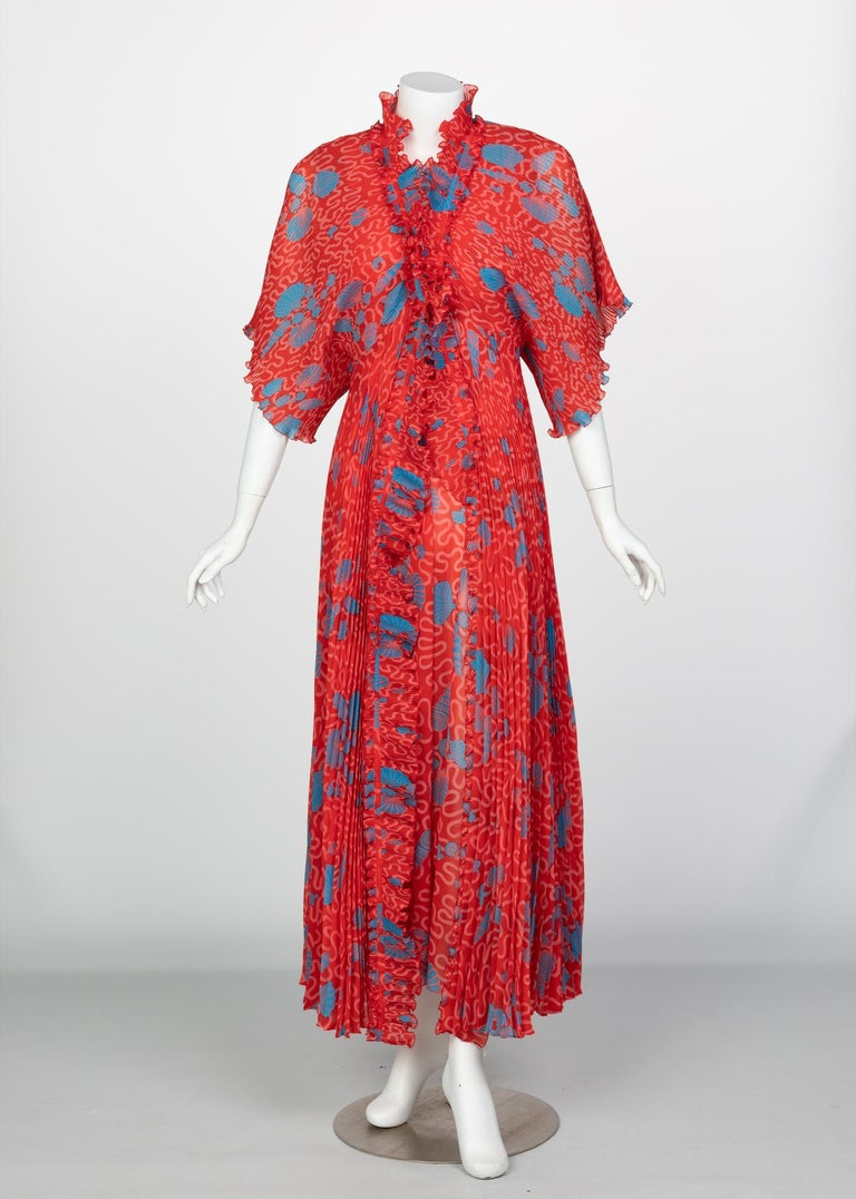 Recently celebrated at Fashion Group International and at the Fashion and Textile Museum, Zandra Rhodes is a prominent, historic designer acclaimed for her eccentric designs in the 1970s. Rhodes' work often feature vibrant prints with intense colors