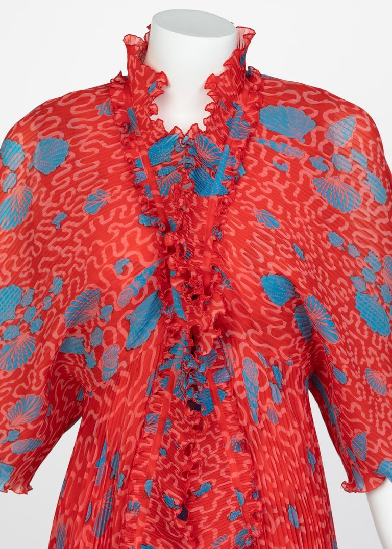 Zandra Rhodes Red Pleated Shell print Caftan and Sleeveless Dress Set, 1970s For Sale 2