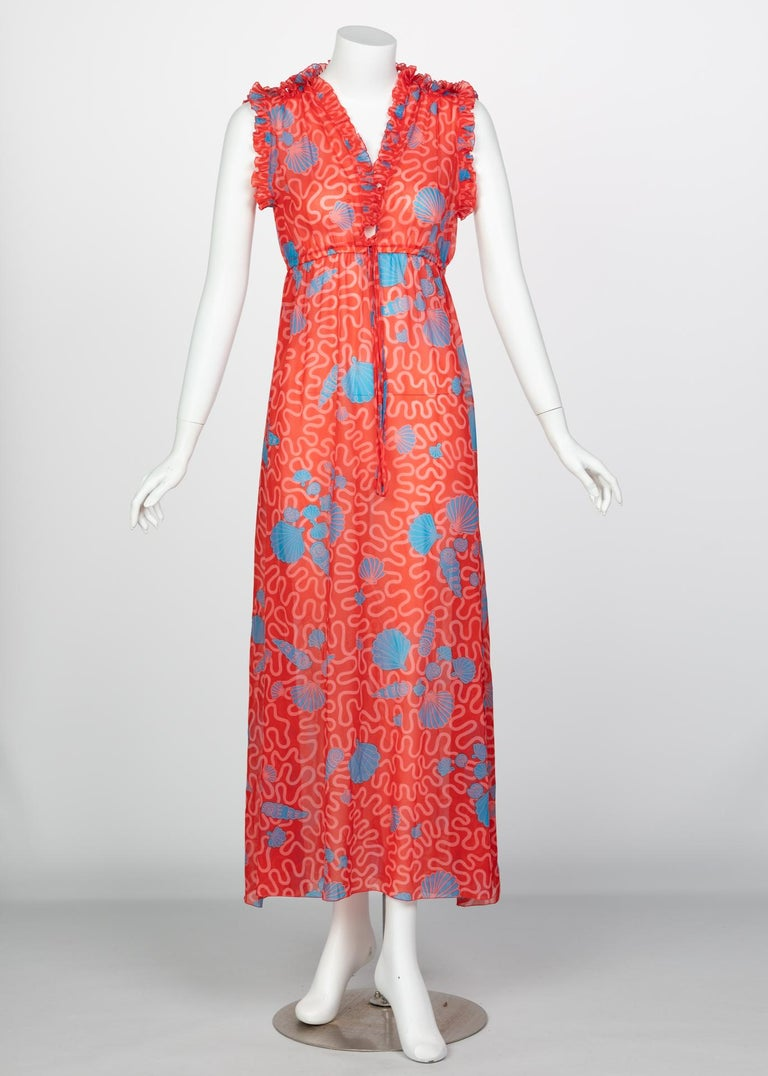 Zandra Rhodes Red Pleated Shell print Caftan and Sleeveless Dress Set, 1970s For Sale 3