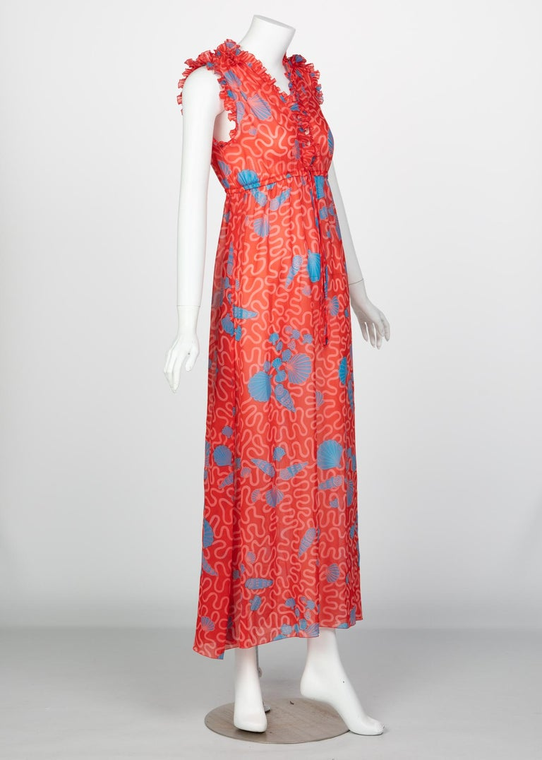 Zandra Rhodes Red Pleated Shell print Caftan and Sleeveless Dress Set, 1970s For Sale 4
