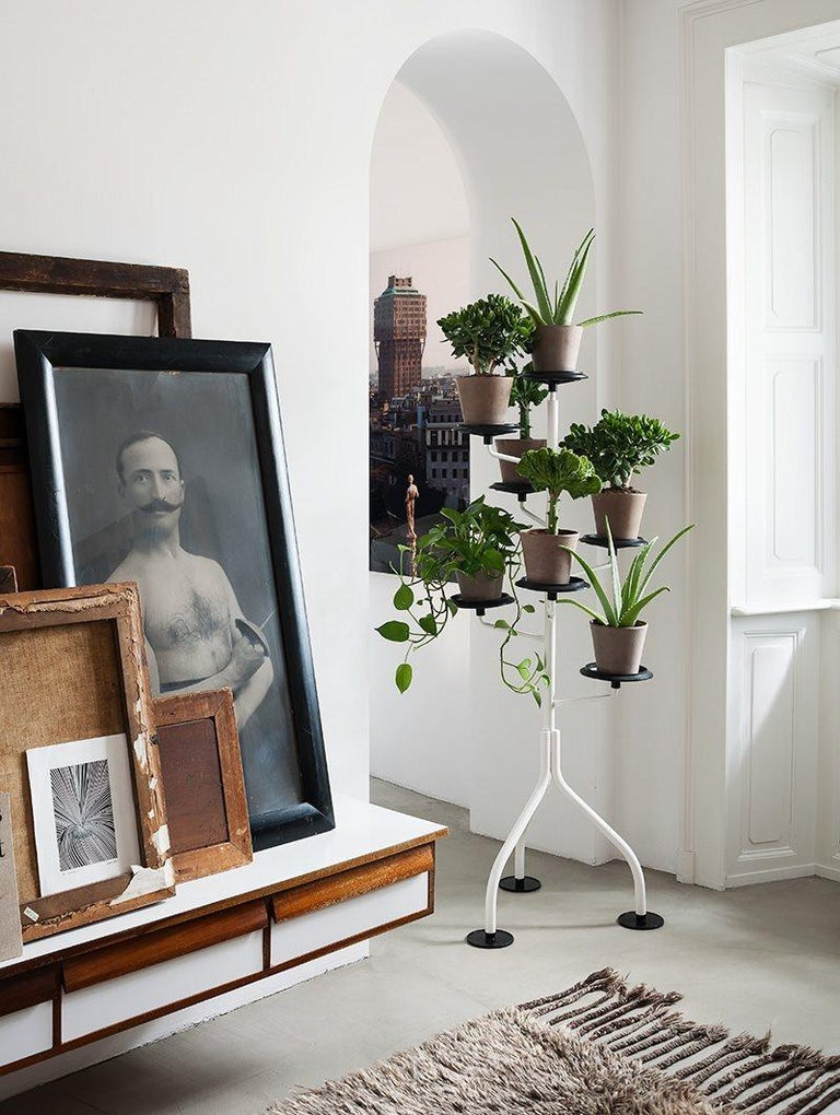 Zanotta Albero White Demountable Flowerpot Stand In Excellent Condition For Sale In New York, NY