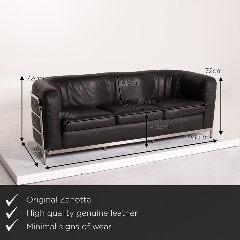 We present to you a Zanotta Onda leather sofa black three-seat couch.     Product measurements in centimeters:    Depth 82 Width 198 Height 72 Seat height 44 Rest height 72 Seat depth 57 Seat width 156 Back height 29.
