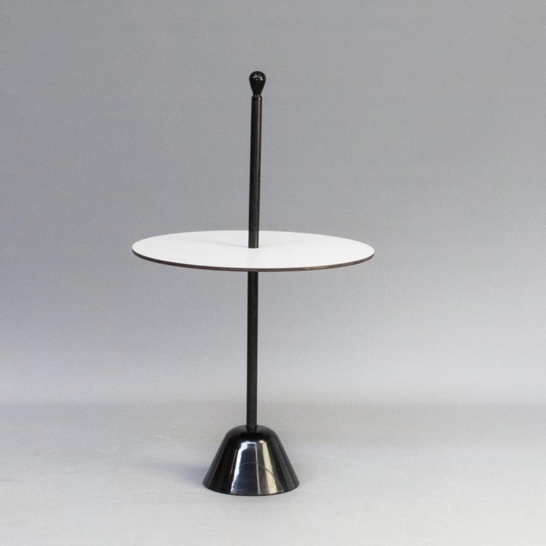 Zanotta Servomuto Small Table Black and White In Excellent Condition For Sale In New York, NY