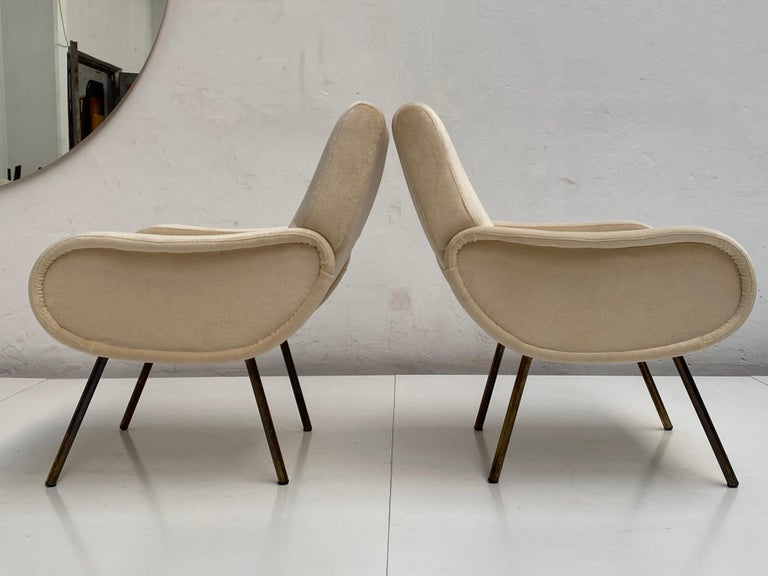 Zanuso Mohair 'Baby' Lounge Chairs, Early Wood Frames, Brass Legs, Arflex, 1951 For Sale 5