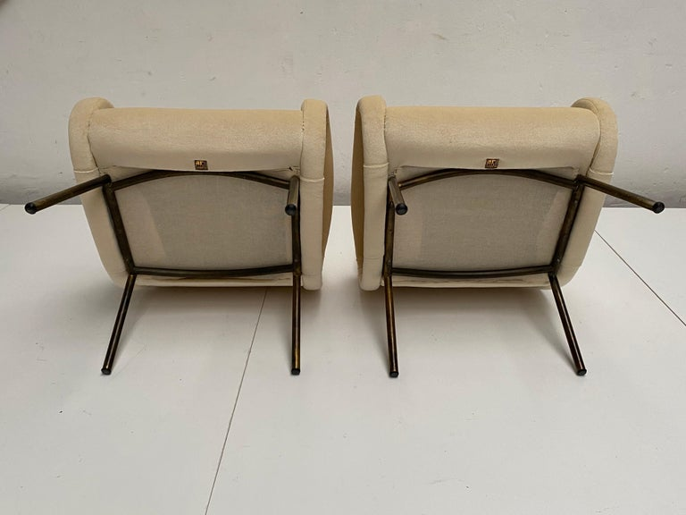 Zanuso Mohair 'Baby' Lounge Chairs, Early Wood Frames, Brass Legs, Arflex, 1951 For Sale 7