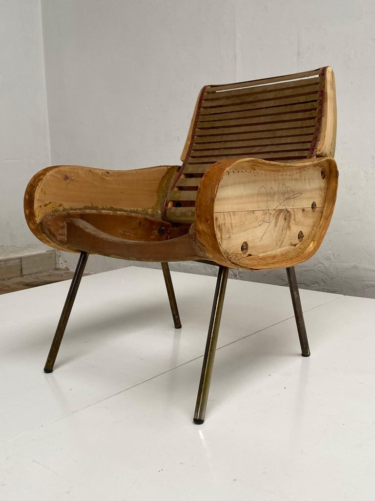 Zanuso Mohair 'Baby' Lounge Chairs, Early Wood Frames, Brass Legs, Arflex, 1951 In Good Condition For Sale In bergen op zoom, NL