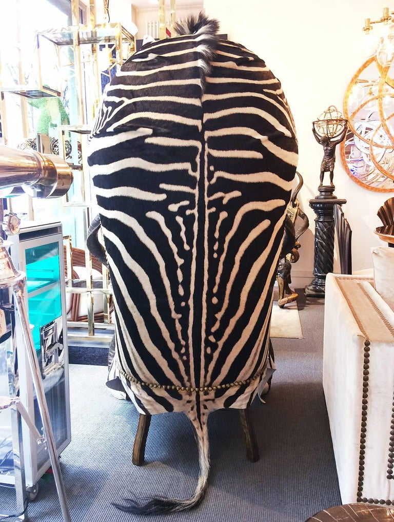 Zebra Black Armchair Dome with Real Zebra Skin and Real Horns In Excellent Condition For Sale In Paris, FR