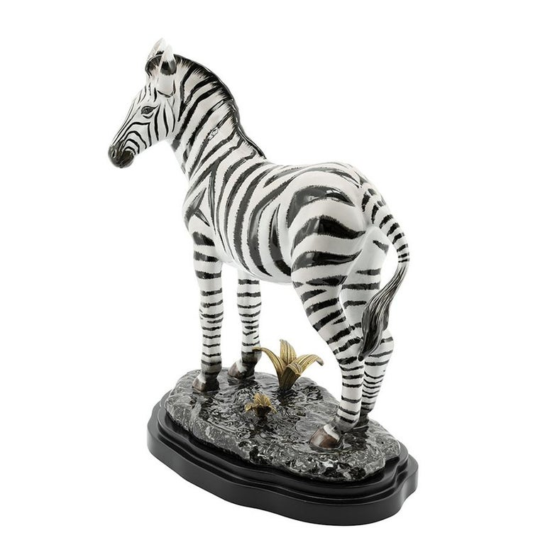 Sculpture Zebra all hand-painted, 