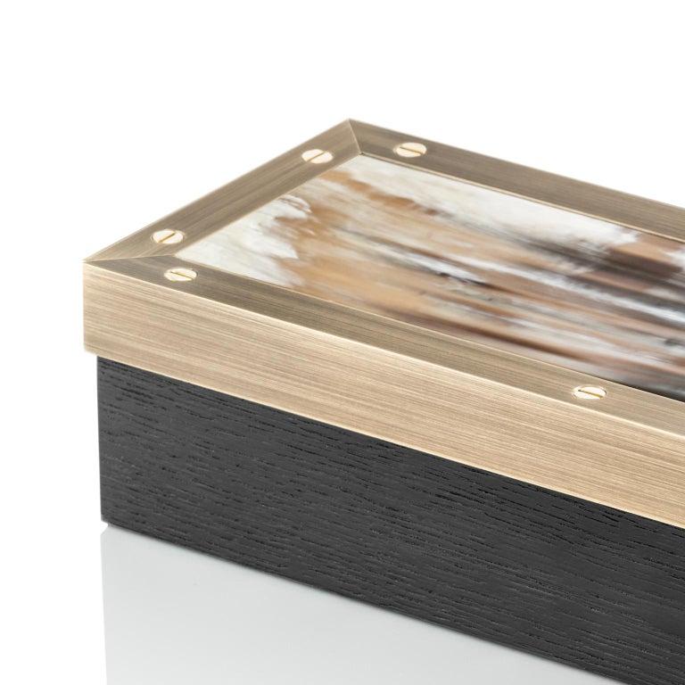 Zefiro Box in Black Oak, Matte Corno Italiano and Burnished Brass, Mod. 5267 For Sale 2