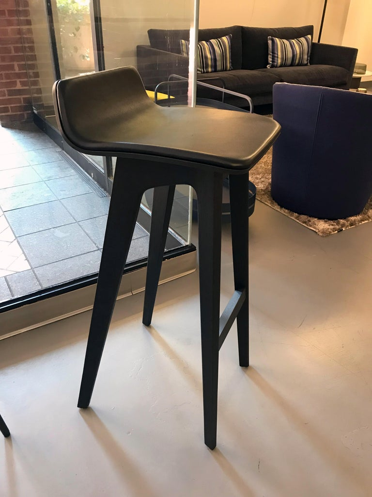 Modern Zeitraum Morph Oak Black Stained Stool with Black Leather Seat For Sale
