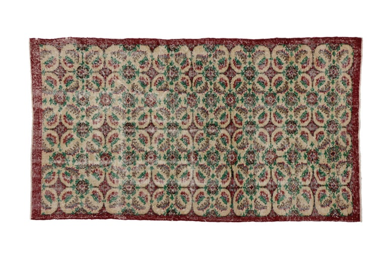 Zeki Muren Vintage Turkish Rug With French Country, Swedish Farmhouse Style In Distressed Condition For Sale In Dallas, TX
