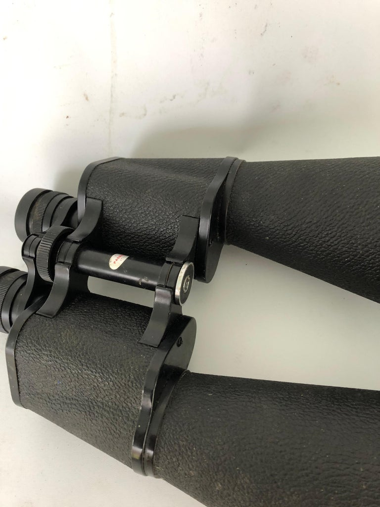Zenith Tempest 20 X 80 Binoculars In Good Condition For Sale In Hudson, NY