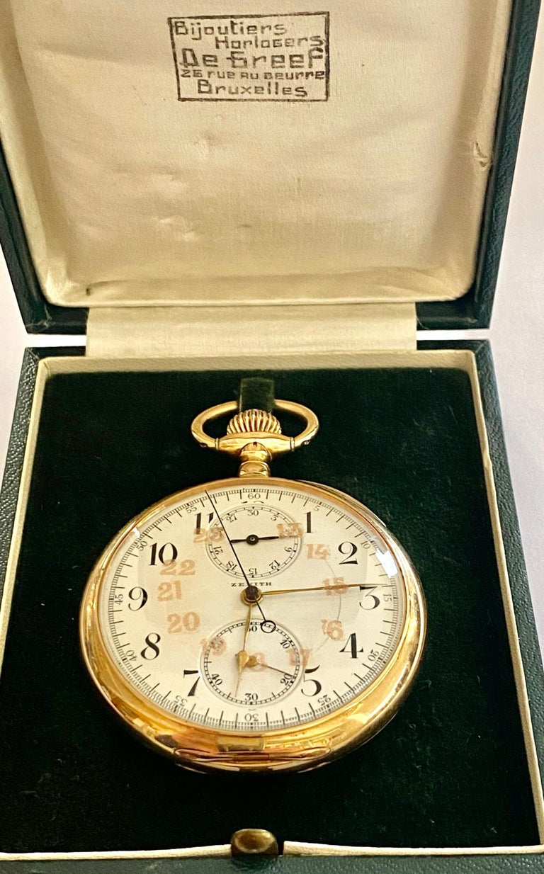 Zenith Zakhorloge in 14 Karat Geelgoud, Chronograaf Complicatie, circa 1930 For Sale 4