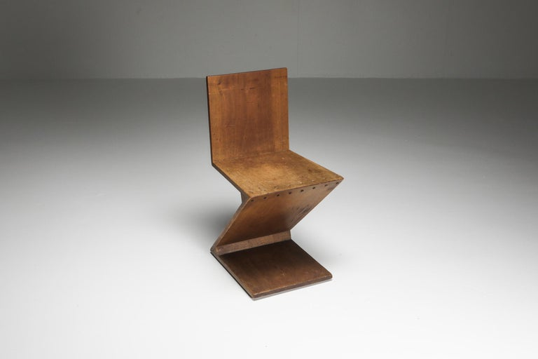 Mid-Century Modern Zig-Zag Chair by G. Rietveld For Sale