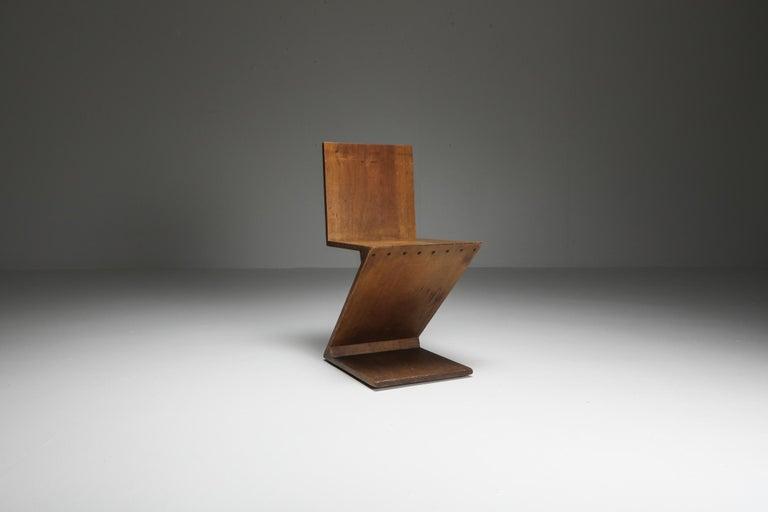 Dutch Zig-Zag Chair by G. Rietveld For Sale