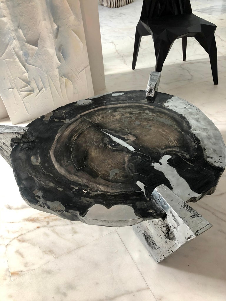 Zinc Decay of Time Circular Coffee Table For Sale 1