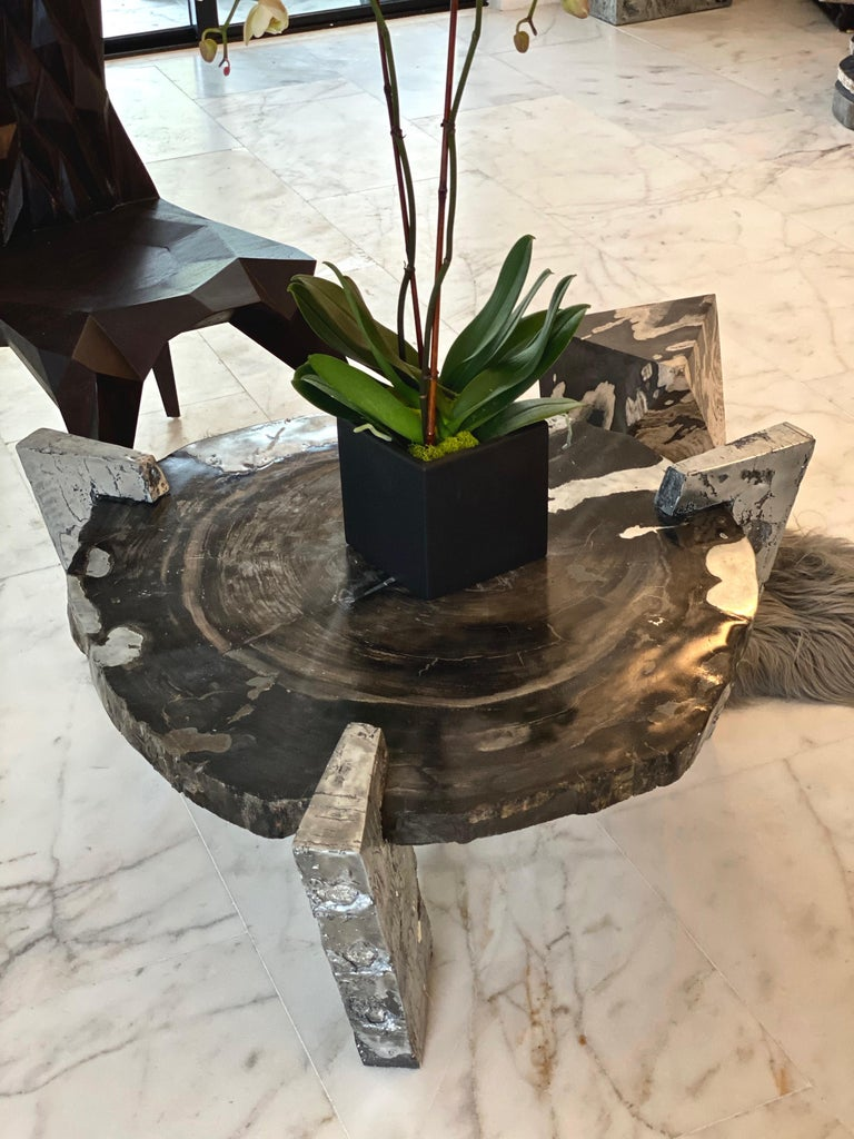 Zinc Decay of Time Circular Coffee Table For Sale 2