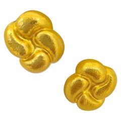 Zolotas 22 Karat Yellow Gold Earclips