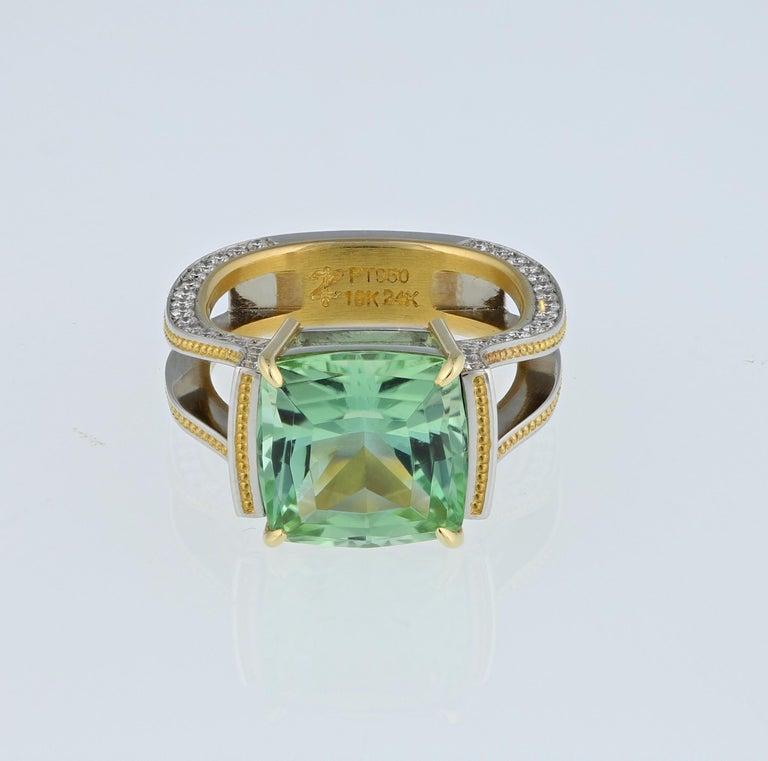 Women's Zoltan David Teal Tourmaline Modern Ring in Platinum and 24 Karat Gold For Sale