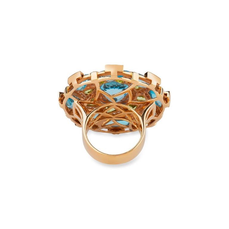 Women's or Men's Zorab Creation Blue Topaz Peridot and White Diamond Cocktail Ring For Sale