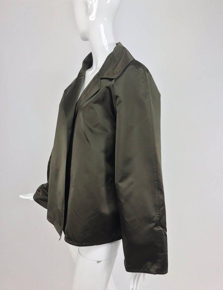 Zoran Dark Olive Silk Jacket  In Excellent Condition For Sale In West Palm Beach, FL