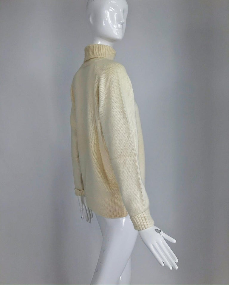 Zoran Off White Chunky Cashmere Turtleneck Sweater 1990s For Sale 5