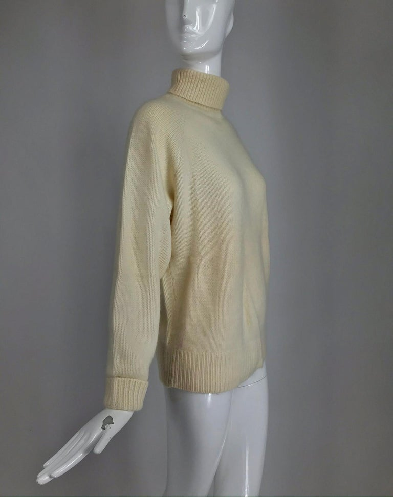Zoran Off White Chunky Cashmere Turtleneck Sweater 1990s For Sale 6