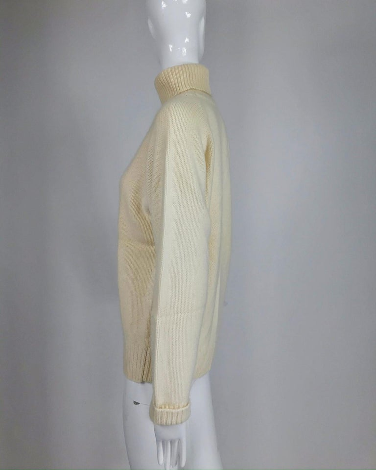 Women's Zoran Off White Chunky Cashmere Turtleneck Sweater 1990s For Sale