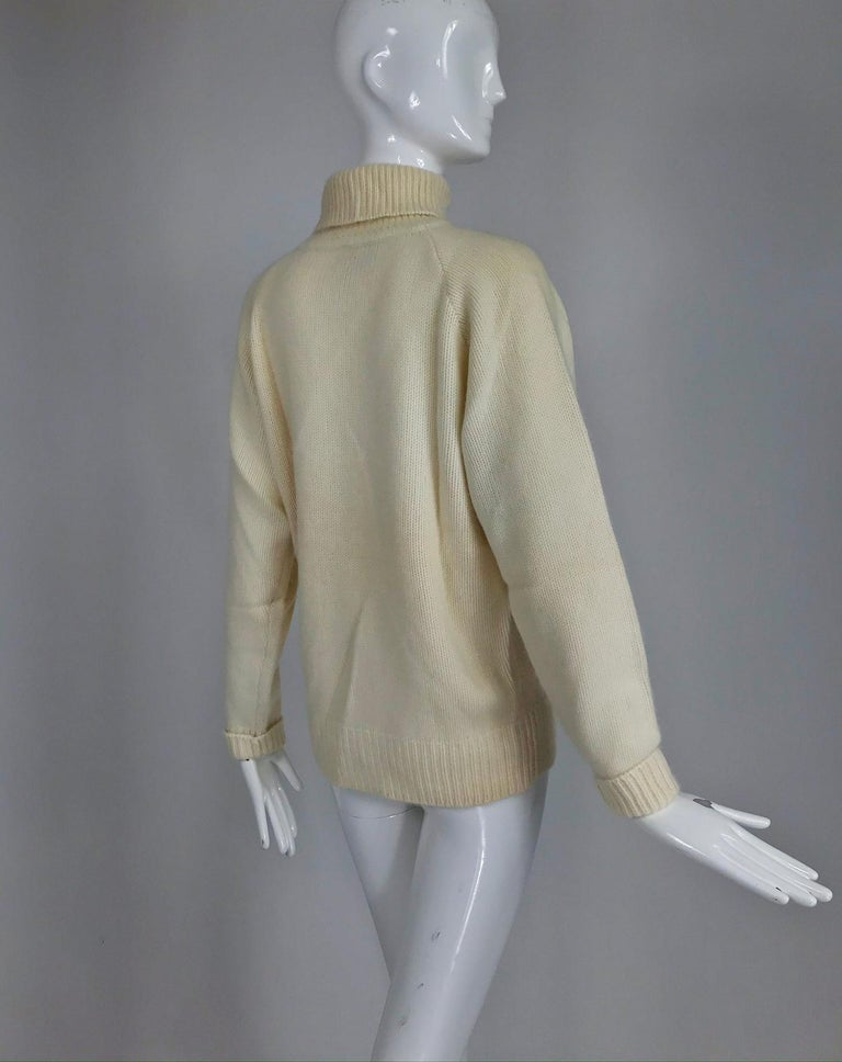 Zoran Off White Chunky Cashmere Turtleneck Sweater 1990s For Sale 4