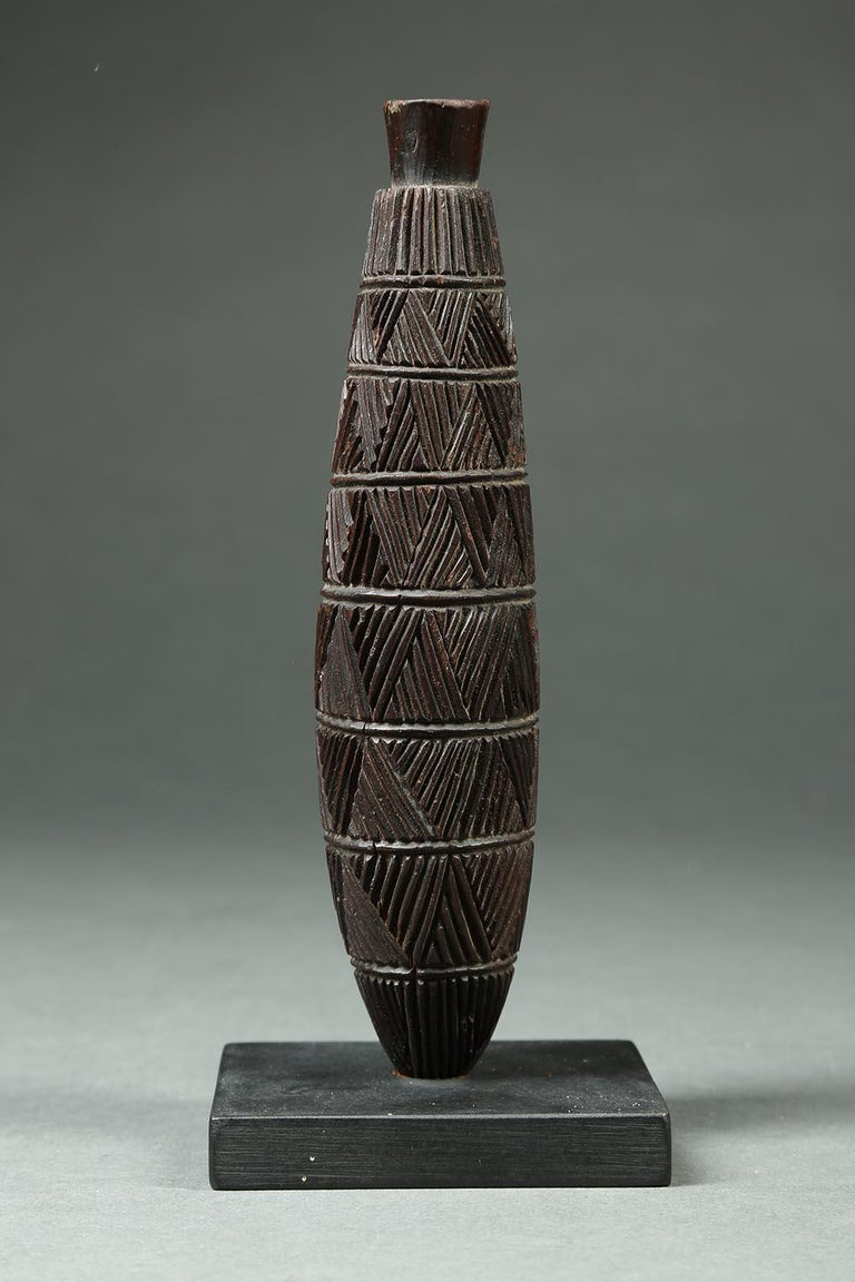 20th Century Zulu Tribal Carved Wood Snuff Container, South Africa For Sale